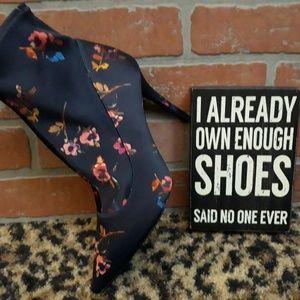 Gianni Bini Shoes - Gianni Bini Floral Flower High Heel STRETCH Boots